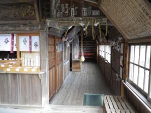 伊豆の石室神社